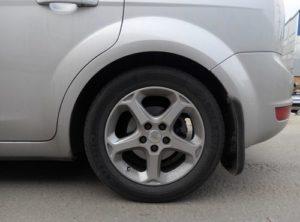 Покрышка для автомобиля Форд