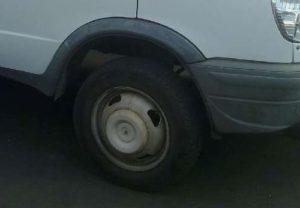 Покрышка автомобиля