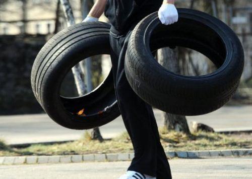 Изношенные шины для утилизации