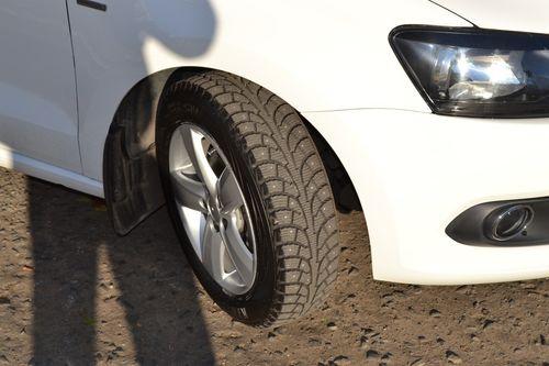Зимние узкие шины