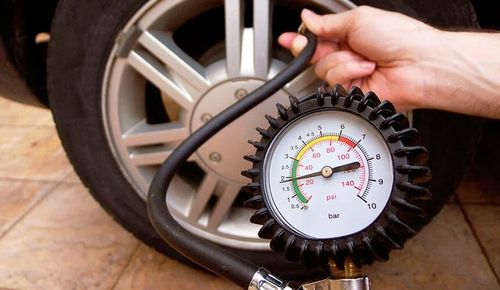 Измерение давления в шинах
